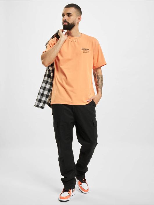 Sixth June t-shirt Barcode oranje