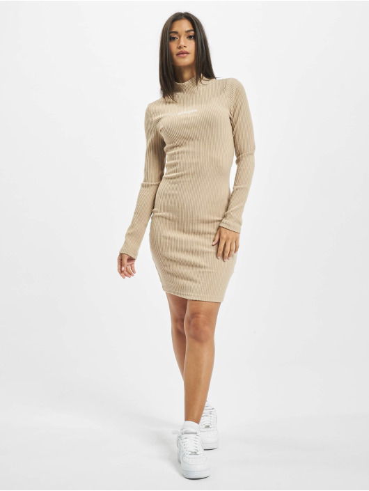 Sixth June Vestido High Neck beis
