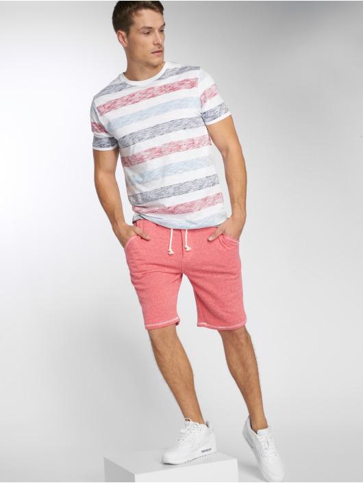 Solid Pantalón cortos Olsen rojo