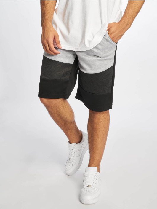 Southpole Shorts Color Block Tech Fleece schwarz