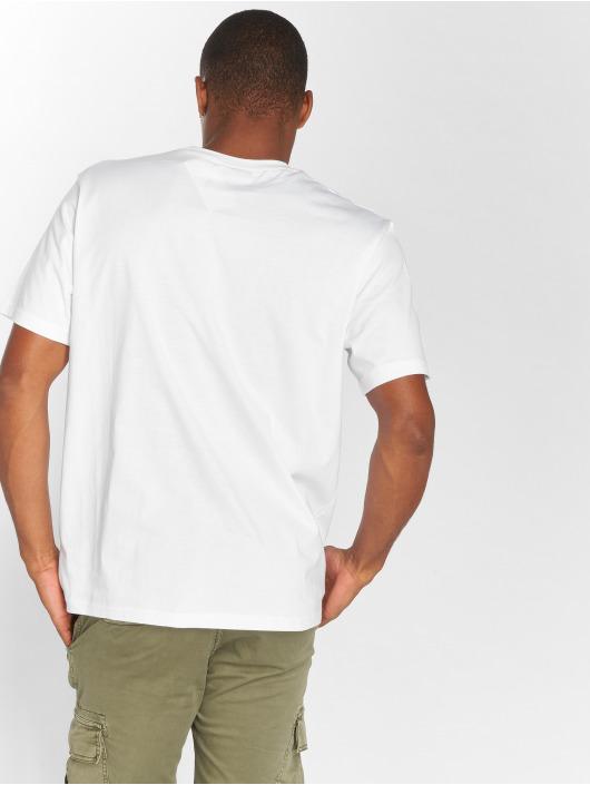 Staple Pigeon T-Shirt Layup Pigeon white