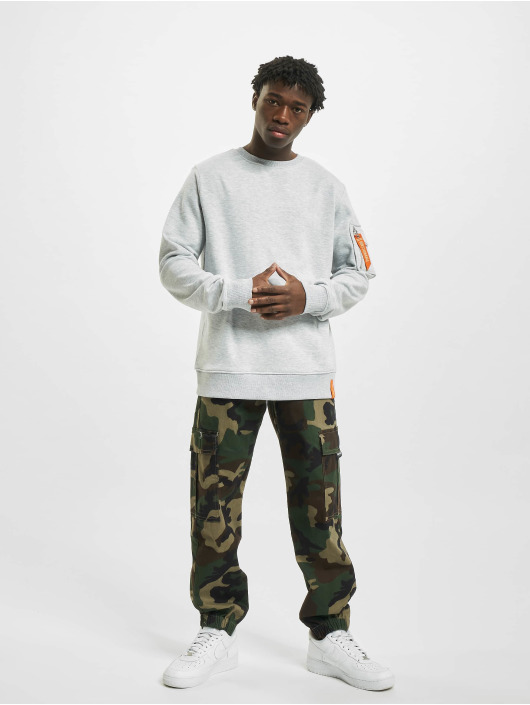 Stitch & Soul Pullover Questionable grey
