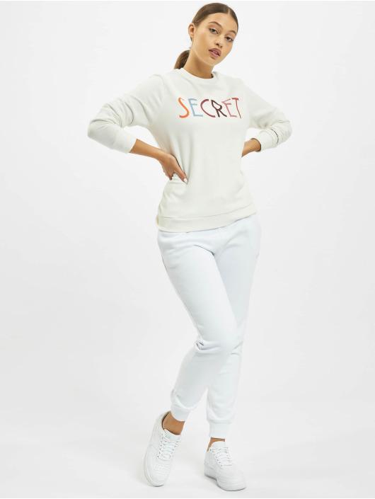 Stitch & Soul Pullover Jasmin weiß