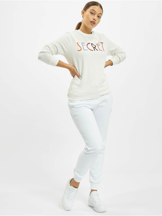 Stitch & Soul Pullover Jasmin white