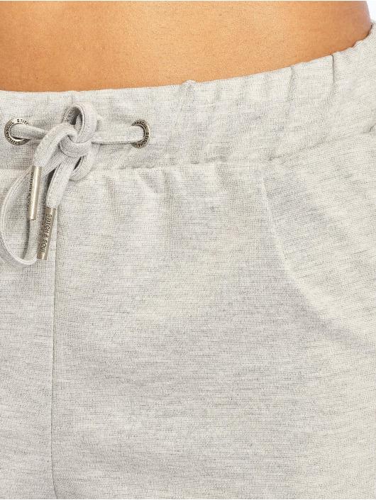 Stitch & Soul Short Classico grey