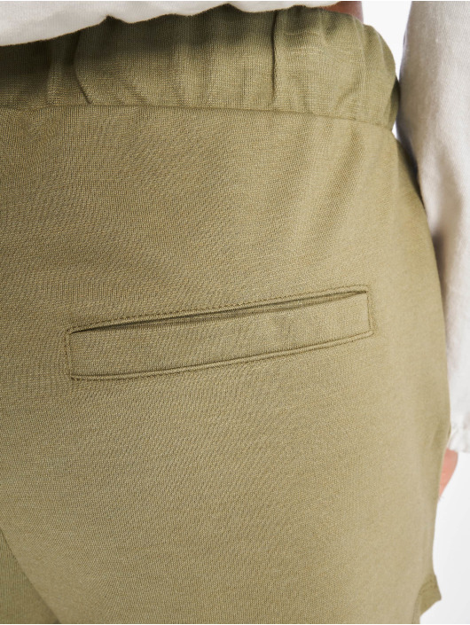 Stitch & Soul Shorts Classico olive