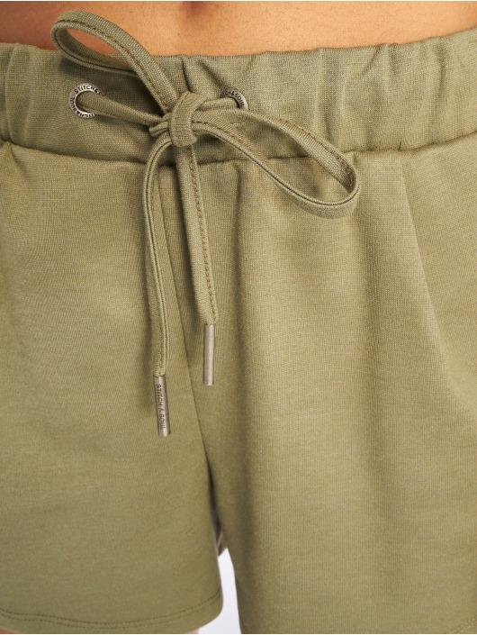 Stitch & Soul Shorts Classico oliven