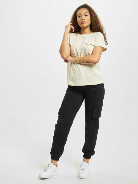 Stitch & Soul T-Shirt Pocket beige