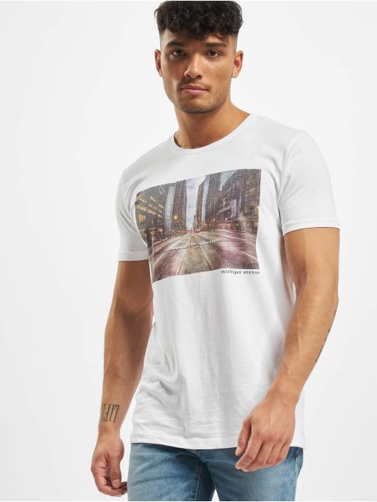 Stitch & Soul T-Shirt Adventure blanc