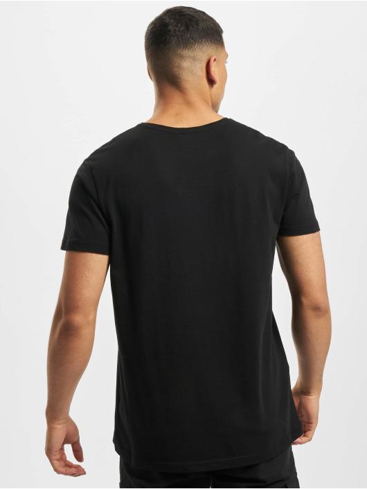 Stitch & Soul t-shirt Adventure zwart