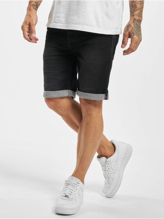 Sublevel shorts Bermuda zwart