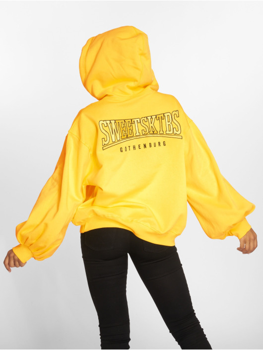 Sweet SKTBS Hoody Big Squeeze geel