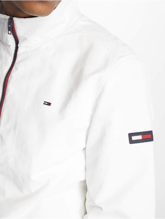 2d0e401e Tommy Jeans Jakker / Overgangsjakker Essential Casual i hvid 641115