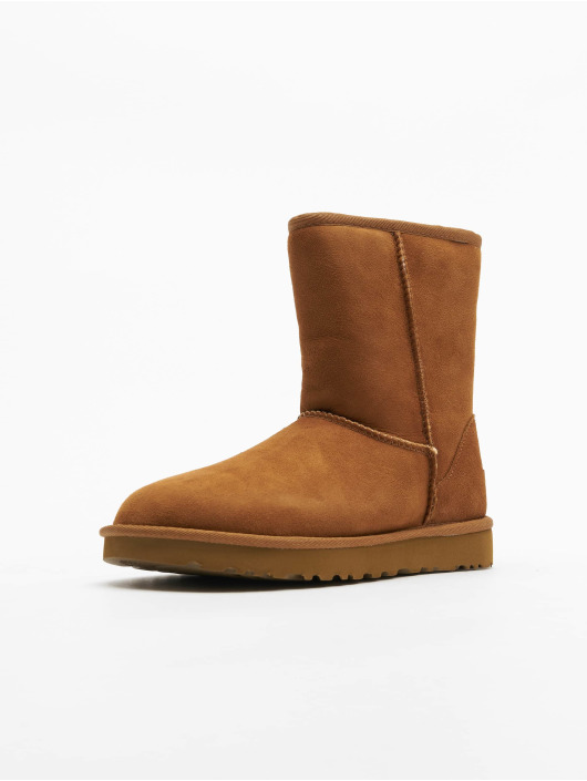 UGG Chaussures montantes Classic Short II brun