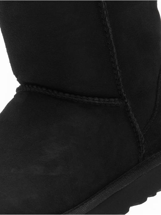 UGG Vapaa-ajan kengät Classic Short II musta