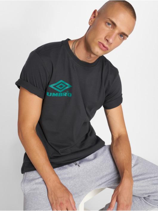 Umbro Camiseta Classico Crew Logo negro
