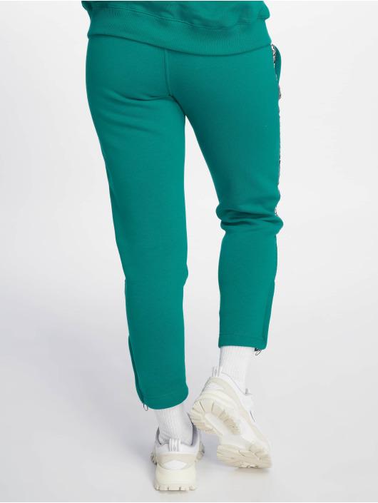 Umbro joggingbroek Tape Side Crop groen