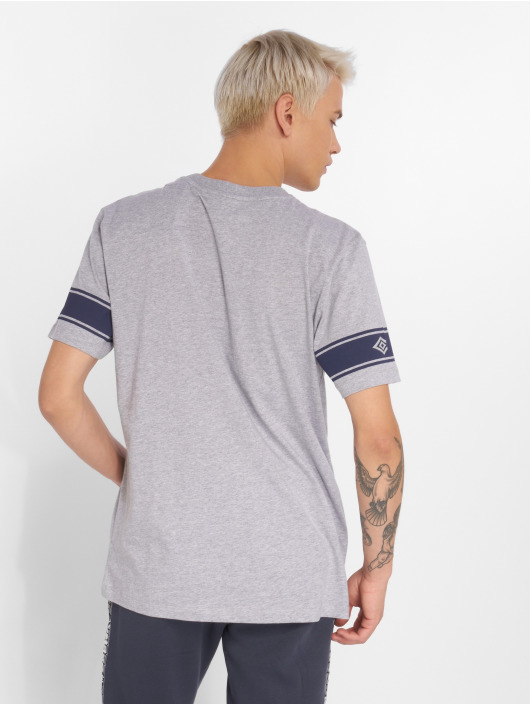 Umbro T-Shirt Barrier grau