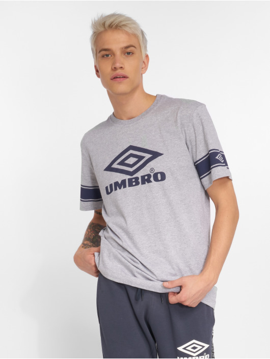 Umbro T-shirts Barrier grå