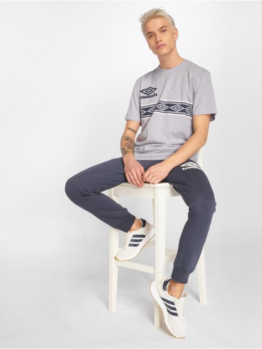 Umbro T-shirts Templar grå