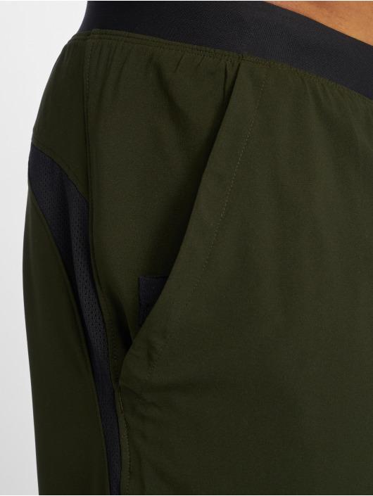 Under Armour Shorts Launch Sw Long grün