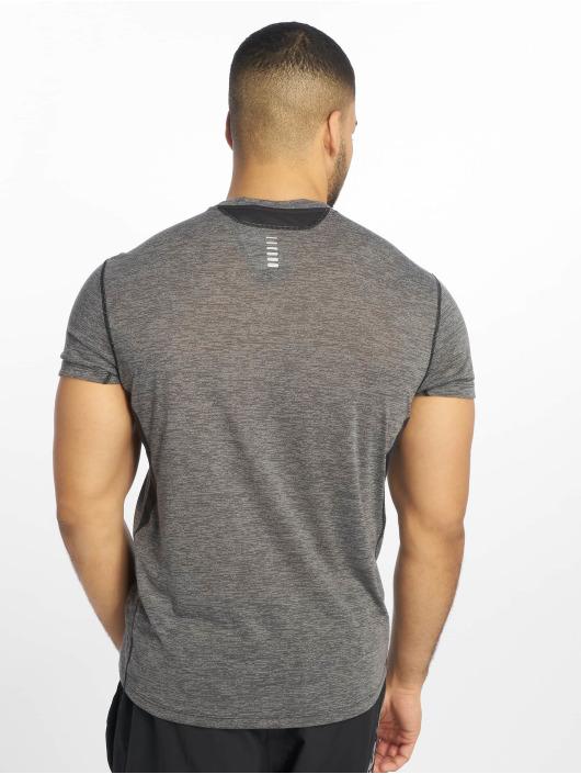 Under Armour Sport Shirts Ua Streaker 20 Twist Ss svart
