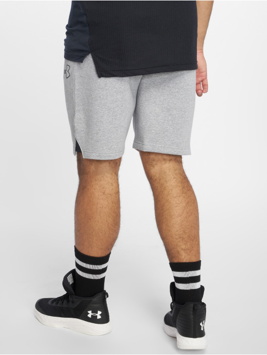 Under Armour Sportshorts Ua Baseline Fleece grå