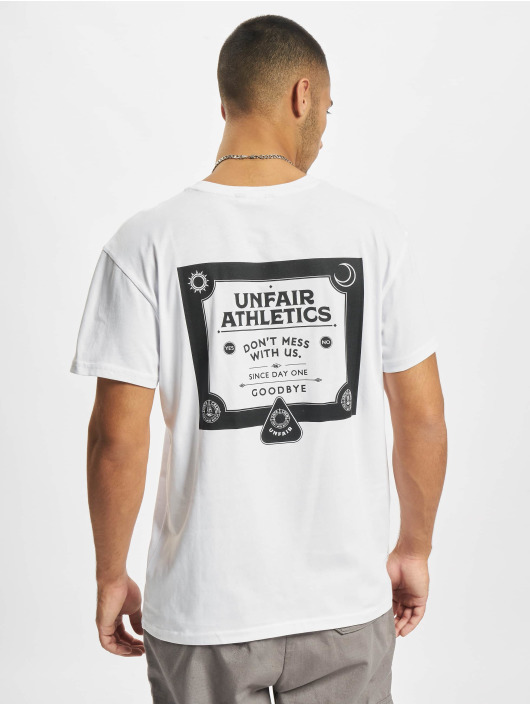 UNFAIR ATHLETICS Футболка Ouija белый