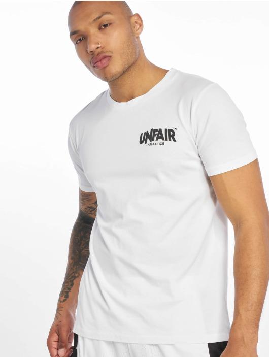 UNFAIR ATHLETICS T-Shirt Classic Label BP blanc