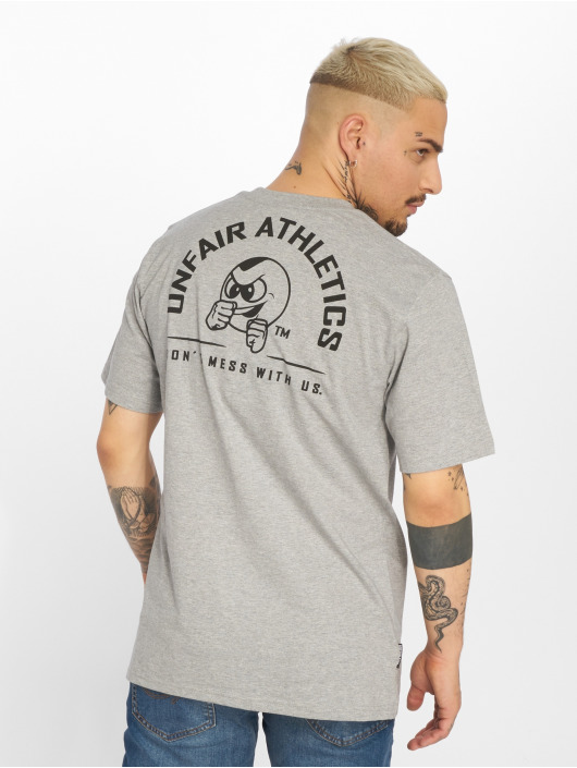 UNFAIR ATHLETICS T-Shirt Punchingball Hybrid gray