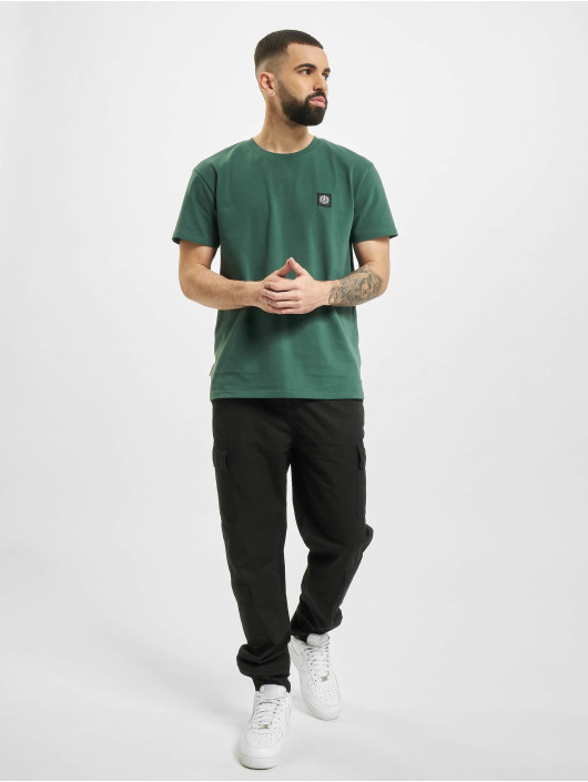 UNFAIR ATHLETICS T-Shirt Dmwu Patch grün