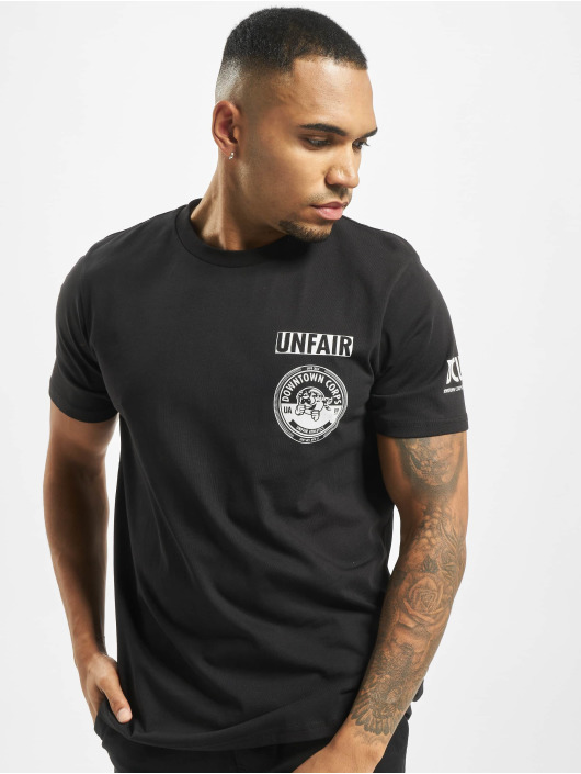 UNFAIR ATHLETICS T-shirt Downtown Corps svart