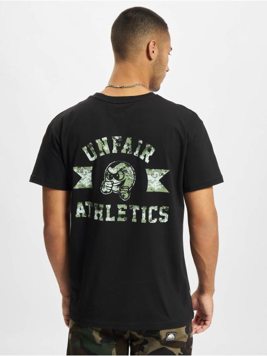 UNFAIR ATHLETICS t-shirt Punchingball Pixel Cam zwart