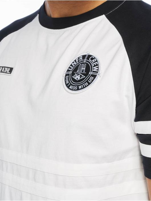UNFAIR ATHLETICS T-skjorter DMWU hvit