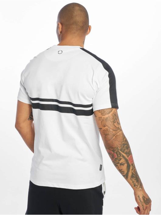 UNFAIR ATHLETICS T-skjorter Hash Basic hvit