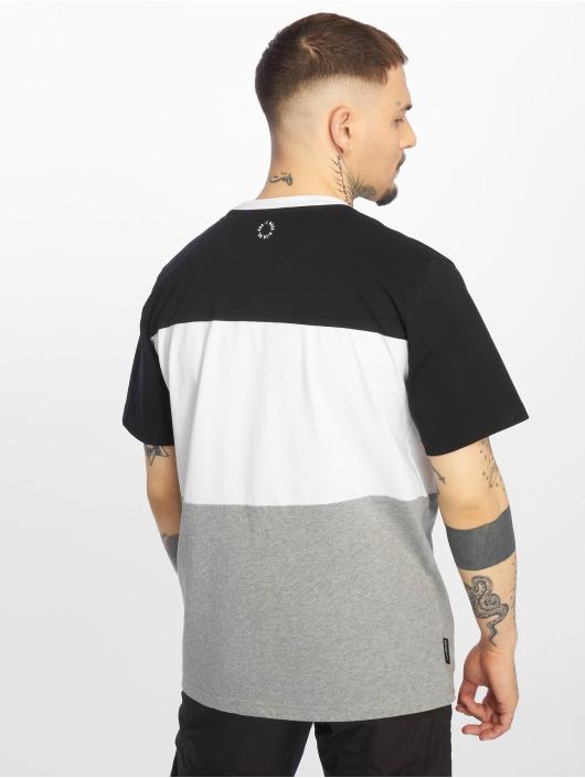 UNFAIR ATHLETICS T-skjorter Classic Panel svart