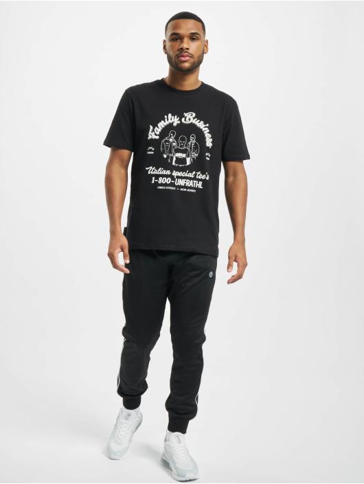 UNFAIR ATHLETICS T-skjorter Family Business svart