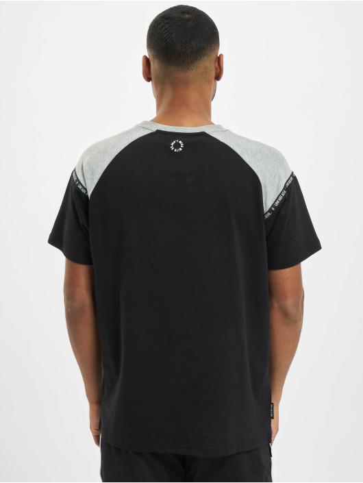 UNFAIR ATHLETICS T-skjorter Hash Panel svart