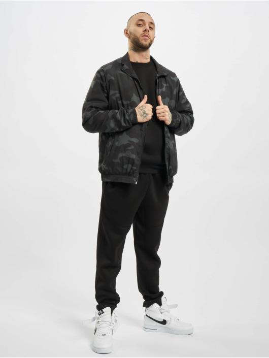 Urban Classics Демисезонная куртка Track камуфляж