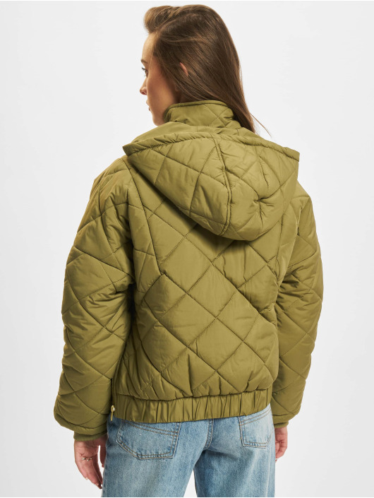 Urban Classics Демисезонная куртка Ladies Oversized Diamond Quilted оливковый