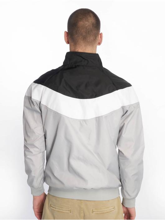 Urban Classics Демисезонная куртка Arrow серый