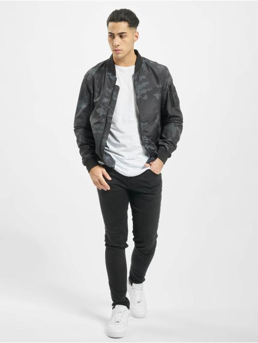 Urban Classics Куртка-бомбардир Light Camo Bomber камуфляж