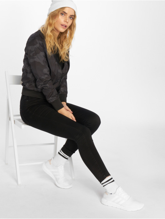 Urban Classics Куртка-бомбардир Ladies Light камуфляж