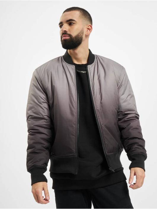 Urban Classics Куртка-бомбардир Gradient черный