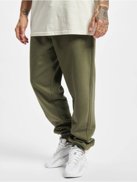 Urban Classics Спортивные брюки Basic 2.0 оливковый