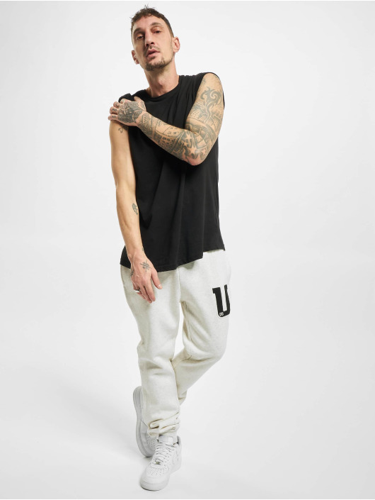 Urban Classics Спортивные брюки Frottee Patch серый