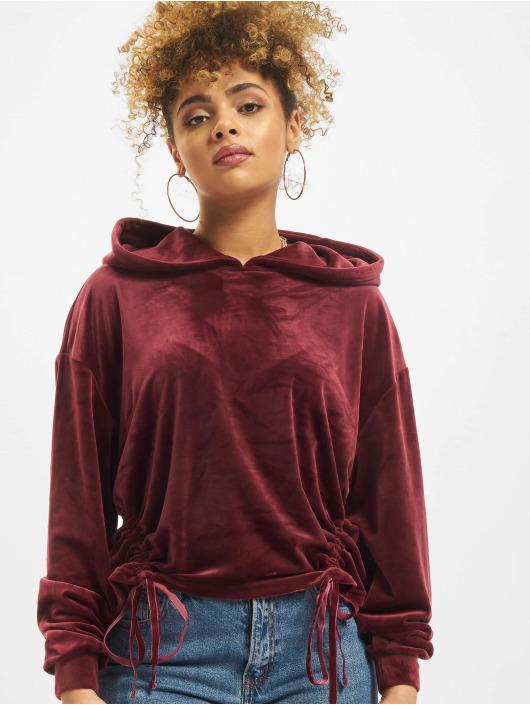 Urban Classics Bluzy z kapturem Short Velvet Gathered czerwony
