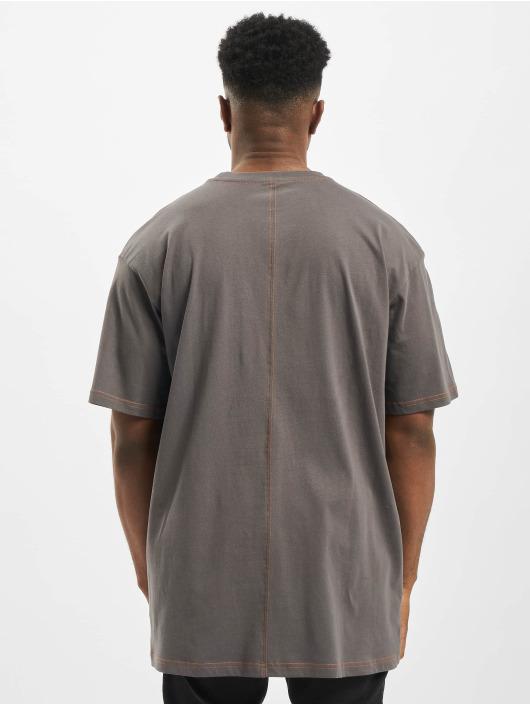Urban Classics Camiseta Heavy Oversized Contrast Stitch gris