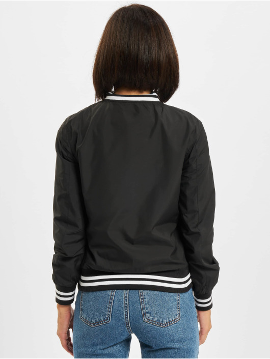 Urban Classics College Jacke Ladies Nylon schwarz
