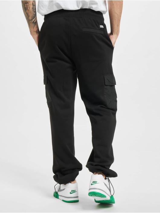 Urban Classics Jogging kalhoty Commuter čern